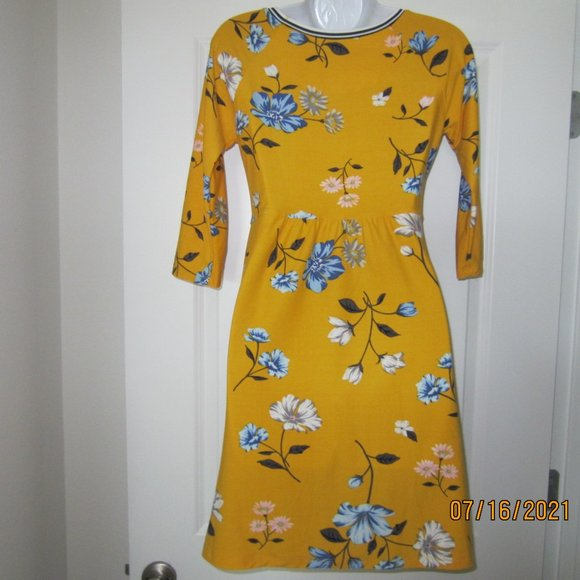 Girls Old Navy Summer Yellow Floral Knit Dress